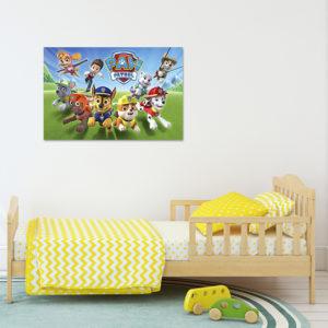 cuadro decorando la habitación de un niño