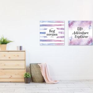 cuadros decorativos en habitación de mujer